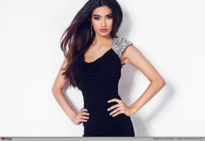 Kelly Gale 02 by MazStudios