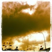Heavy Clouds by migz7