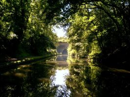 Braunston tunnel oxford canal uk by Rusticway