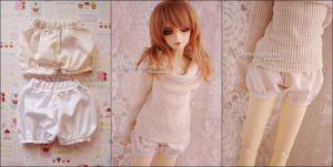 FS: Balloon Shorts/Bloomers (Antique Cream) by kuroi-carousel