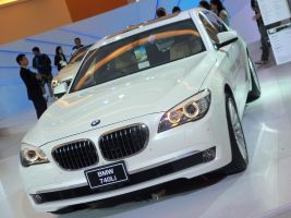 BMW 740Li by pete7868