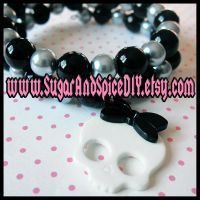 Skull Girl Beaded Bracelet by SugarAndSpiceDIY