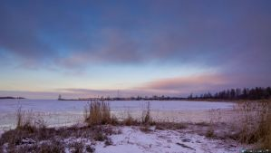 The sky meets the ice by Klemola