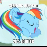 Rainbow Dash Meme by theoddlydifferentone