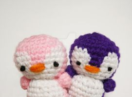 tiny penguins 5 yay by tinyowlknits