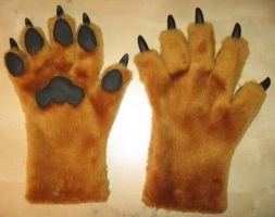 Tan Paws w pads and claws by Monoyasha