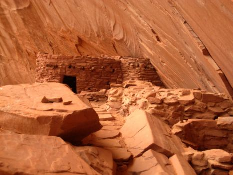 Lake Powell 2008. Ruins by VulpinePilot