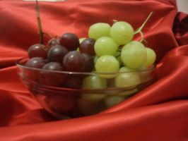 GRAPES by Imaginative-girl