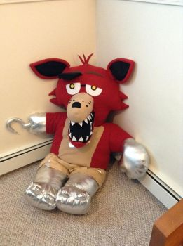 Five Night's at Freddy's GIANT Foxy by MJDIllusion
