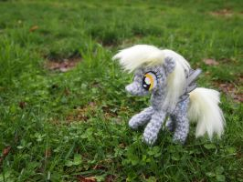 A ditzy little pony by PuzzledShorty