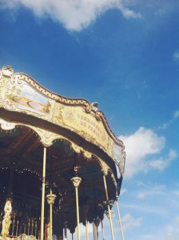 Carrousel by perfect-dream