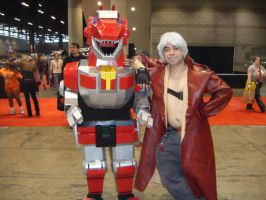 C2E2 '13 Saturday - I thought it be taller... by soryukey