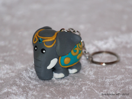 A little present for my mother... An elephant ! by AnimalisCreations