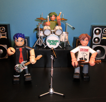 Green Day Mini-figures. by APlaceForStuff