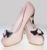 Pink Nude Cameo Bow Shoes by Sophie-Adamson