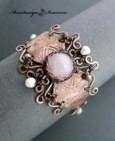 bracelet with rose quartz and pearls by nastya-iv83