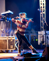Lindsey Stirling at NovaAria by Sandman-AC