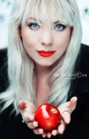 Red Apple by MarijaBerjoza