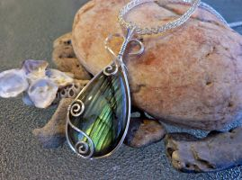 Sea and Sky Pendant for A Calendar of Tales by magpie-poet