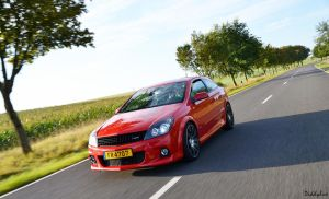 Opel Astra OPC VII by diddylux