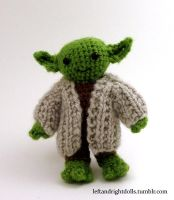 Yoda by leftandrightdolls