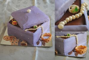 Jewelry Box Cake by HaileesSweets