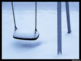 Snowy swing by deloused