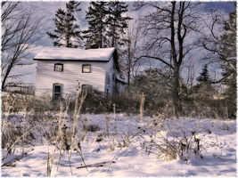 Empty house up on Harris Hill by Shannon-K