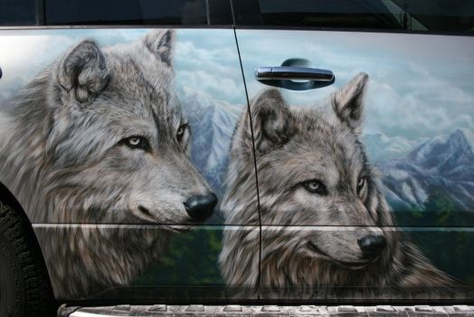 wolves on suzuki grand vitara 5 by hotabych