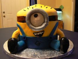 Minion Cake by katiesparrow1