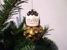 Hand sculpted Christmas owl decoration by MyselfMasked