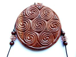 CELTIC MEDALLION SEVEN SPIRALS by MassoGeppetto