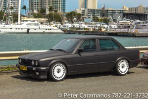 BMW 325, the beach and some boats by Caramanos2000