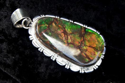 Ammolite is so pretty by WhoEvenIs