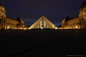 The Louvre at Night by PinchOfPixelDust