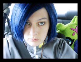 Cell Phone Ichijouji by evelynbordeaux