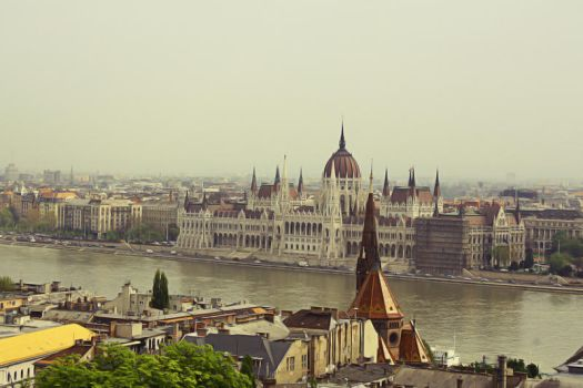 The Hungarian Parliament by nicothoe