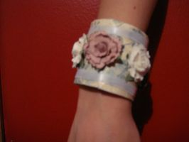 Flower Cuff 2 by MooniesLove
