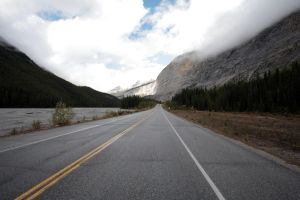 Canada - Icefields Parkway by puppeteerHH