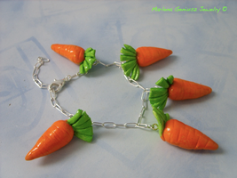 Carrot set: bracelet by kickthebucket