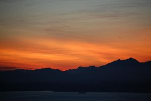 Sunset over the Olympics by Bspacewiz2