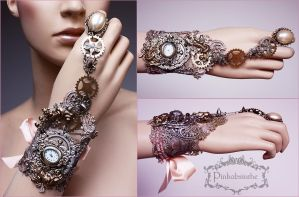 Quartz powder wrist cuff by Pinkabsinthe
