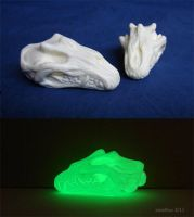 Glowing Dragon Skulls by zarathus