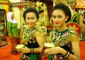 Cirebon Dancer by malascerita
