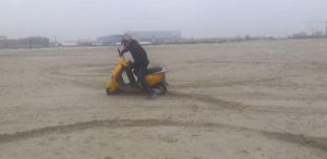 Off-road Piaggio Scooter xD by HyenaBuddy