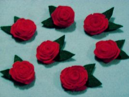 Felt Rose Hairclips by TashaAkaTachi