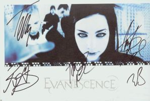 Evanescence autograph by whereisthefuture
