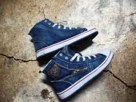Blue Sneakers by praveen3d