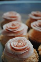 St Valentine's Cupcakes by Emmy-Enemy