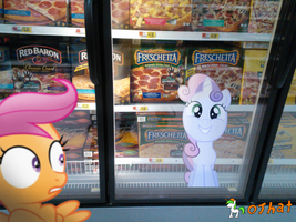 One frozen pizza, one frozen sweetie belle.... by OJhat